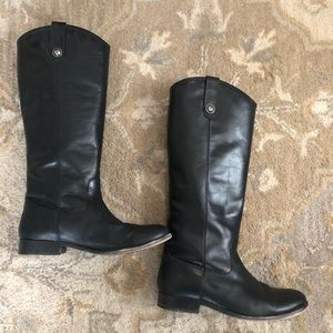 Frye Melissa button boot, size 9